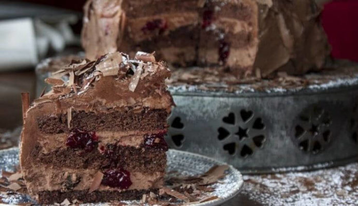 Νηστίσιμη τούρτα Μπλάκ Φόρεστ